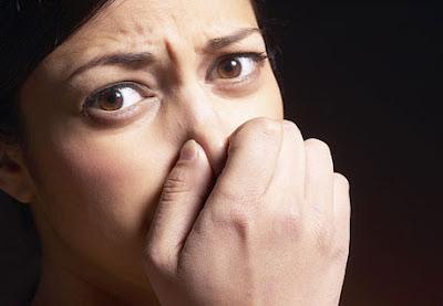 10 Tips Cara Menghilangkan Bau Mulut<span class=