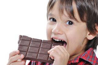 Pengaruh Buruk Makanan Manis untuk Si Kecil
