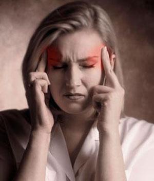 Sering Sakit Kepala Mendadak? Waspada, Bisa Jadi 6 Gejala Serius!<span class=