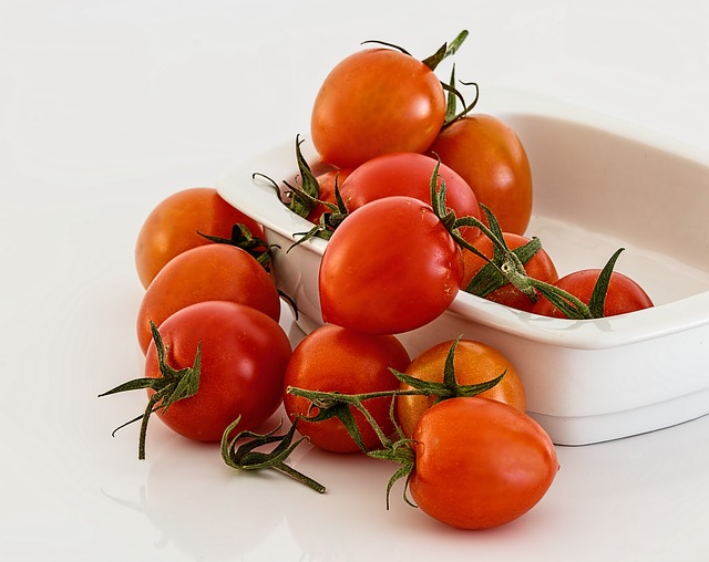 Manfaat dan kandungan gizi tomat