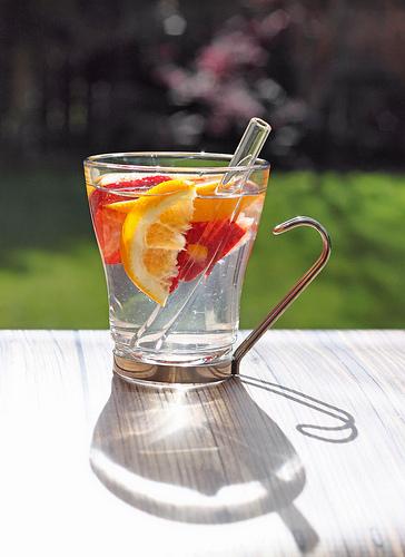 Mencegah dehidrasi dengan infused water