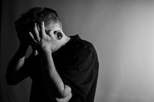 Tanda tanda tiroid bermasalah - Merasa sedih atau depresi